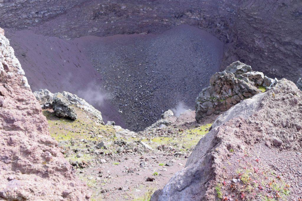 fumerolles cratere vesuve